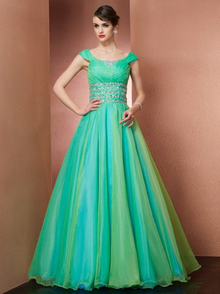 Robe de bal Off the Shoulder Sans Manches Perles Longue Satiné Quinceanera Robes