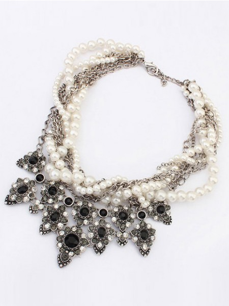 Occident Major suit Personality Hyperbolic Grosses soldes Collier